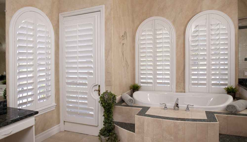 Arched Shutters In A San Jose Bathroom